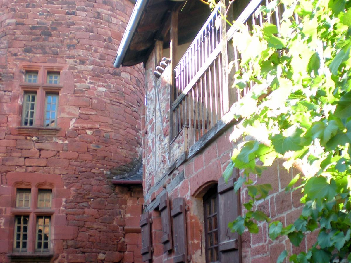 Collonges la rouge plus beau village de france en correze