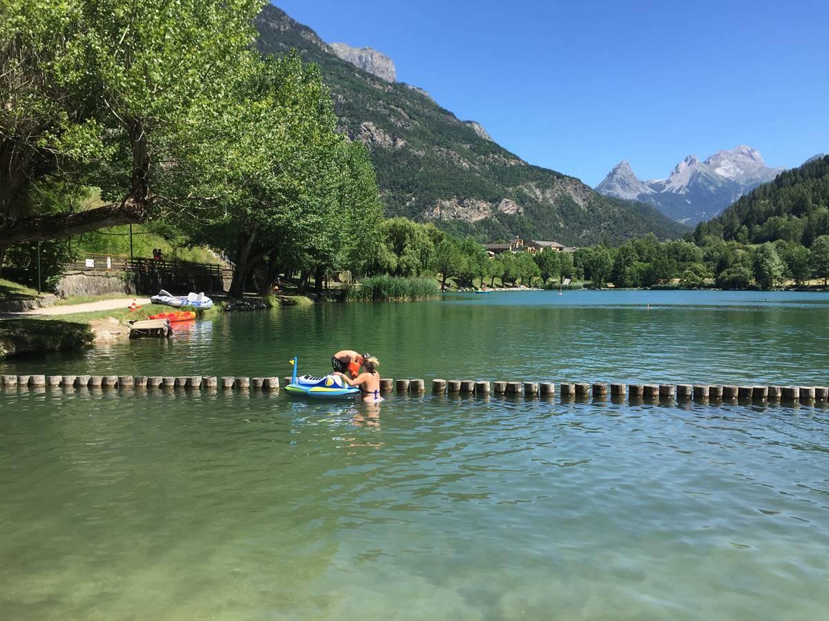 Le Lac du Lauzet à 10mn des Means