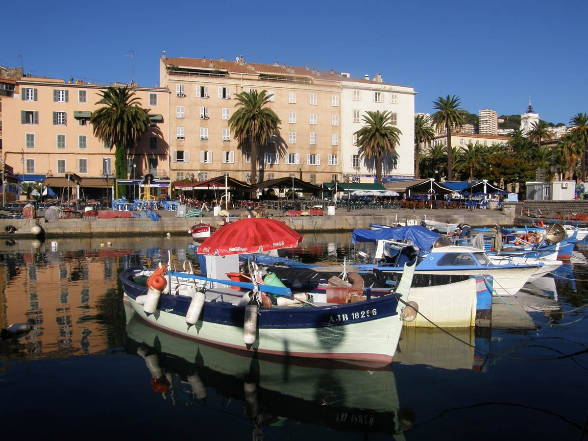 Ajaccio, le port Tino Rossi