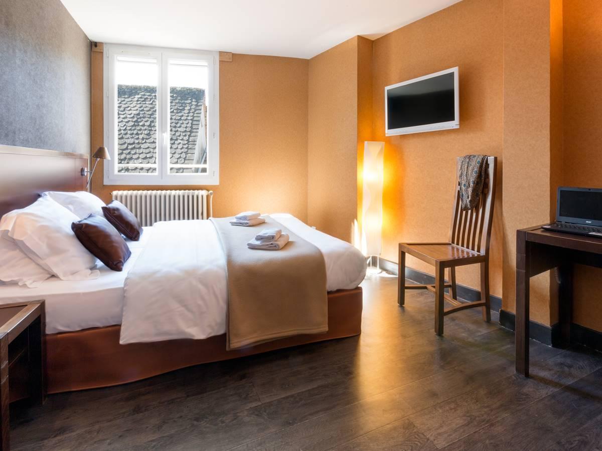 Chambre Superieure Logis Hotel Relais de Vellinus Beaulieu-sur-Dordogne Vallée Dordogne