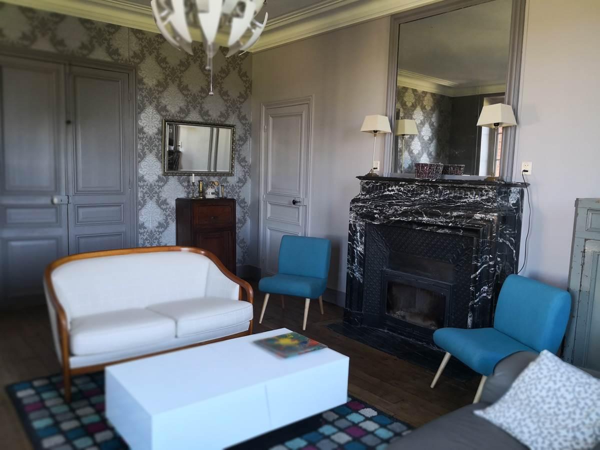 Maison Courbarien chambre d'hôtes en Creuse - salon cheminée