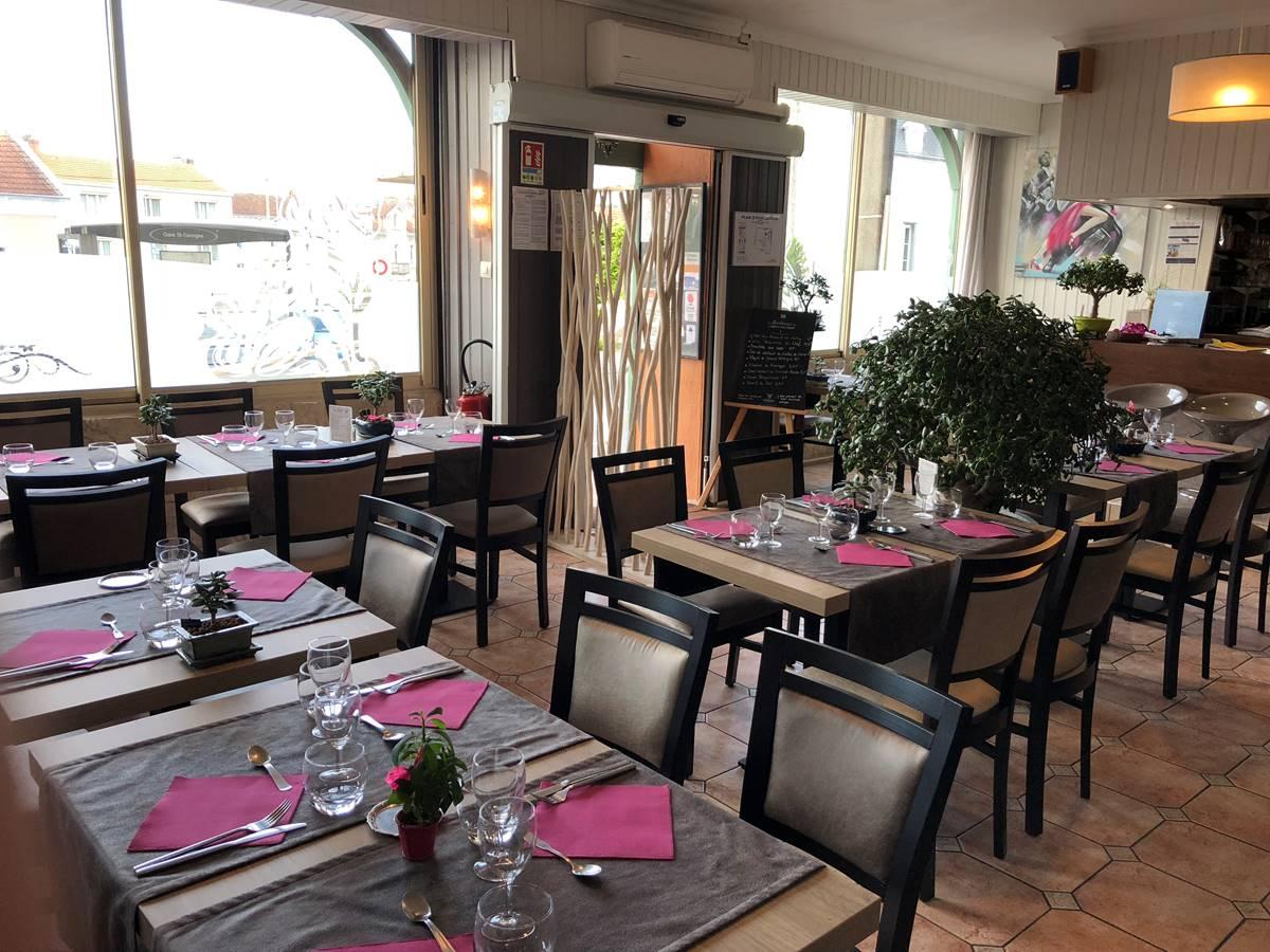 Salle de restaurant du relax, à Boulazac, Périgueux