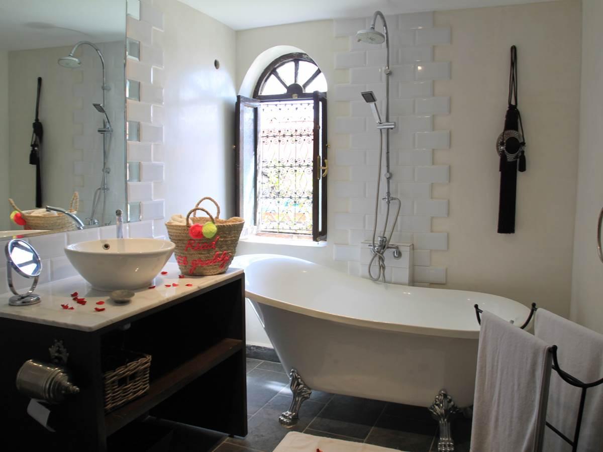 salle de bain suite irlhy