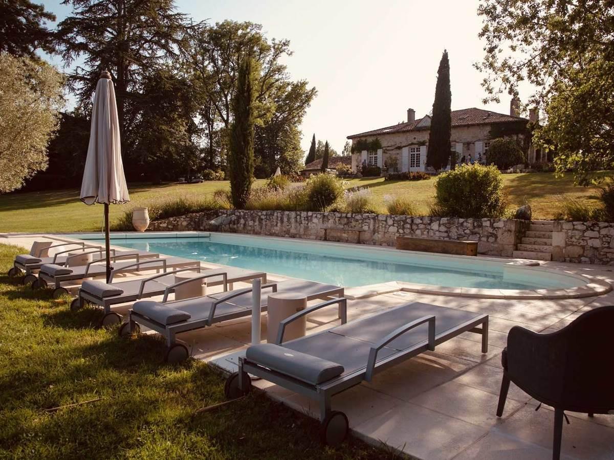 Piscine de la chambre-d-hote-lesmatinsrubis-tarn-et-garonne-occitanie-location-toulouse