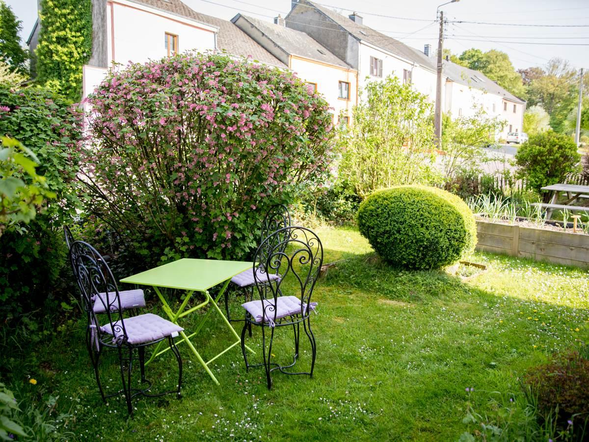 A Quiet Place - Le coin petit-déjeuner au jardin