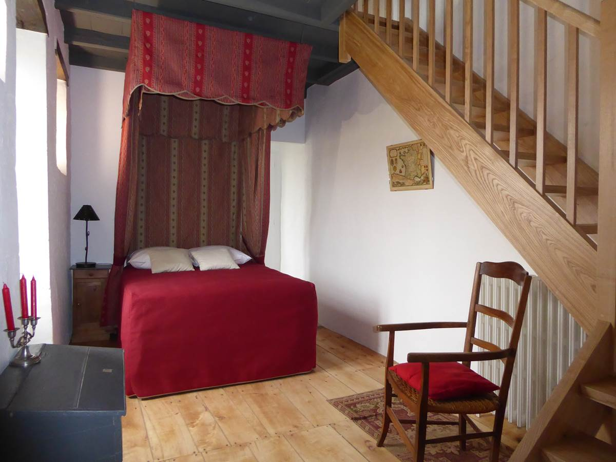 Suite Médiévale, le lit de la duchesse