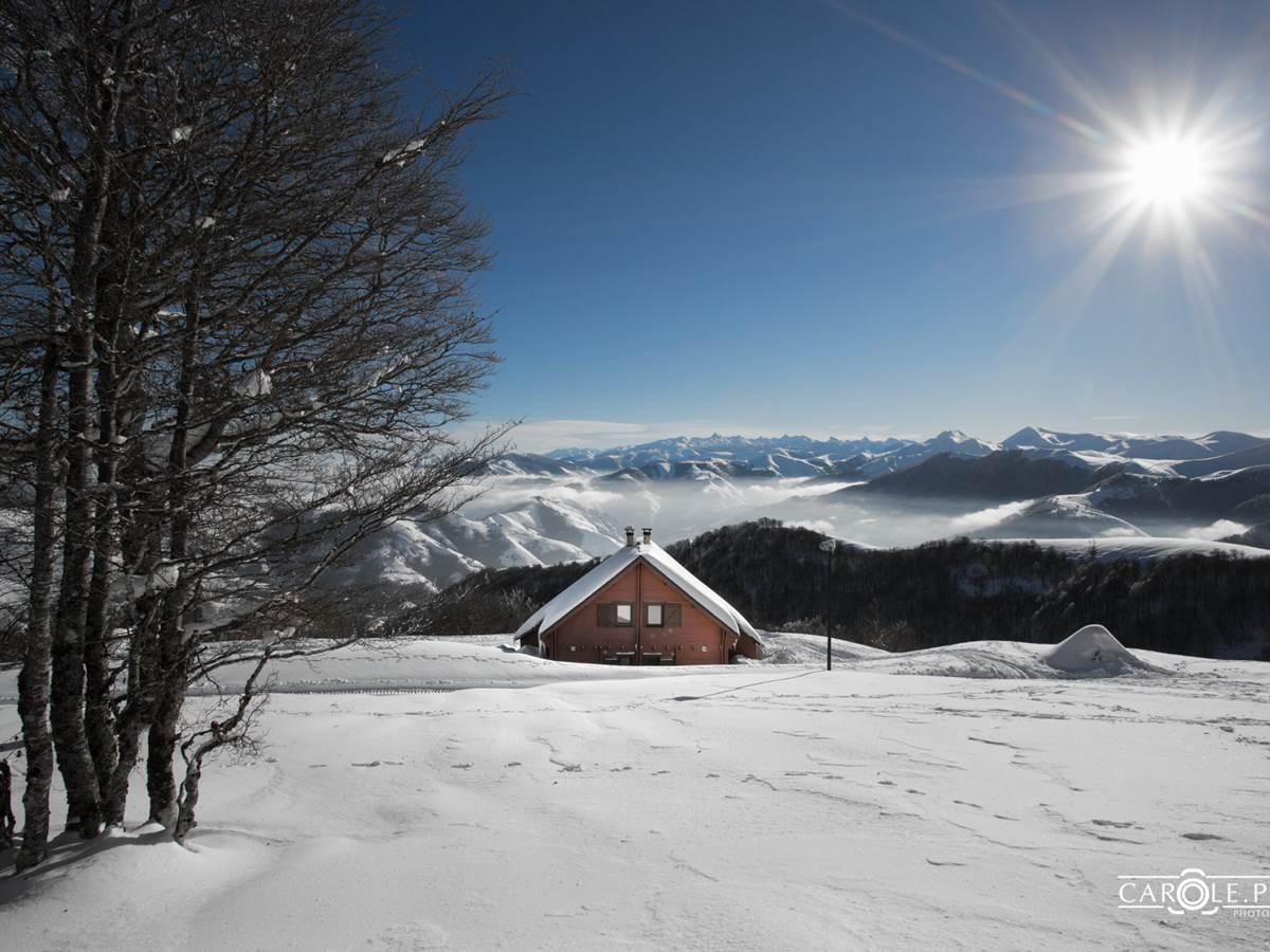 vue des  chalets mitoyens Ossau en hiver