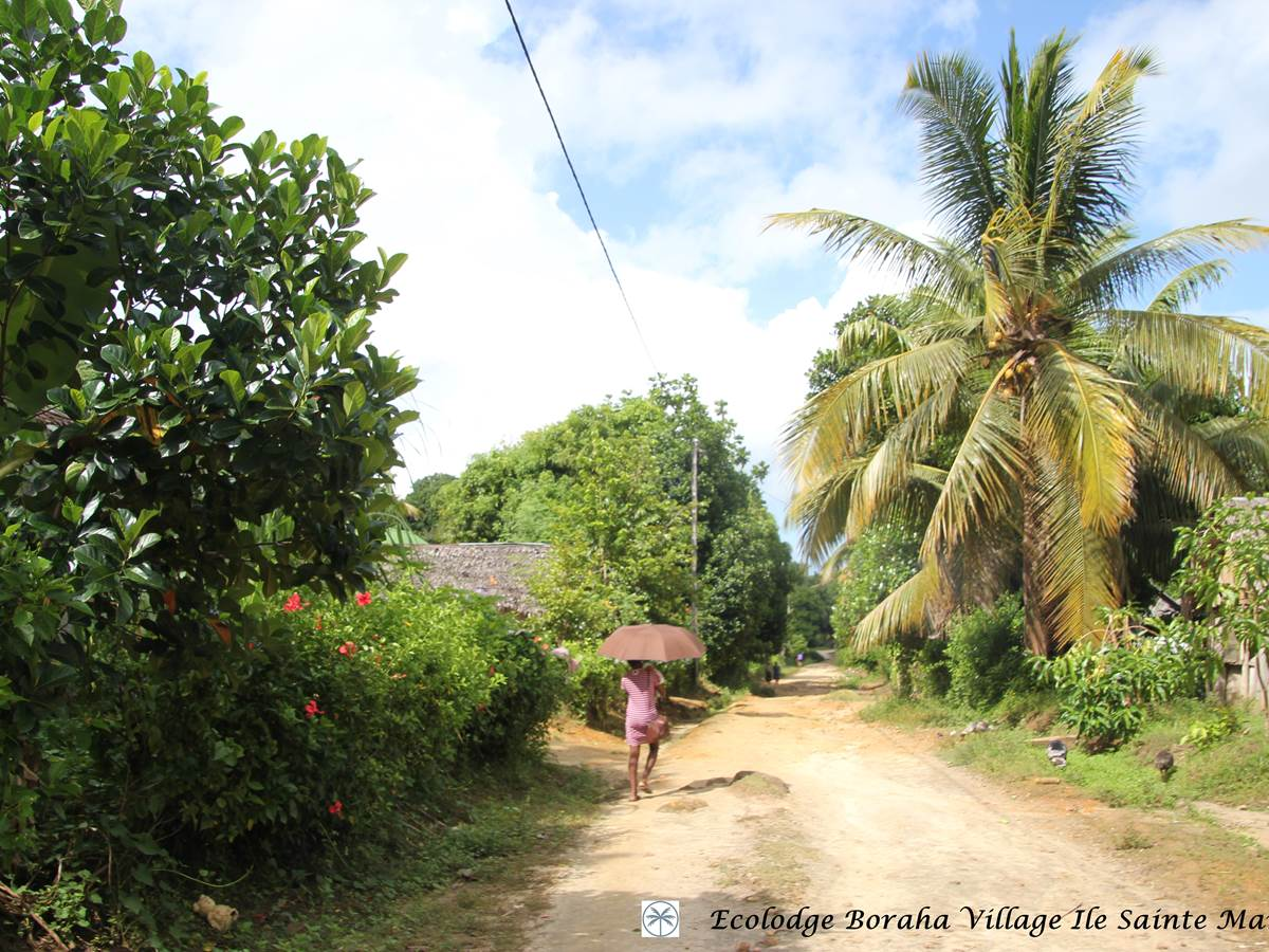 Village Ile Ste Marie Madagascar 06