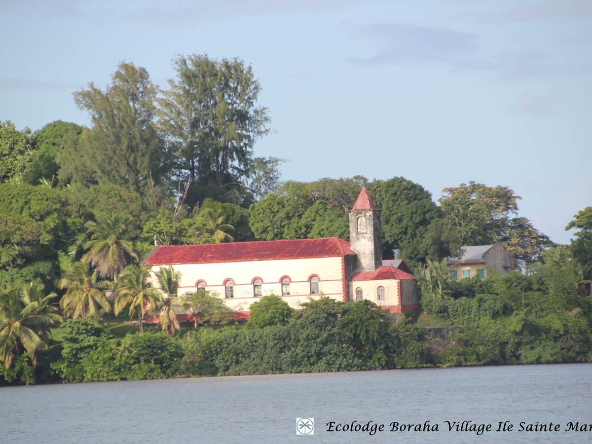 1ère Eglise Catholique Ile Ste Marie Madagascar 04