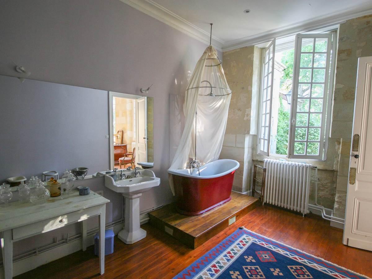 33 salle de bains chambre rose