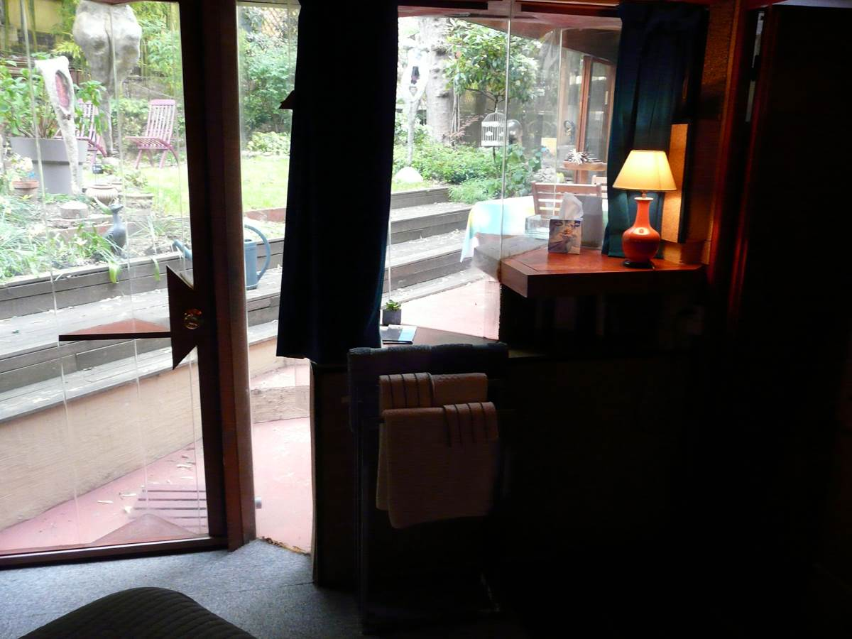La terrasse vue de la chambre