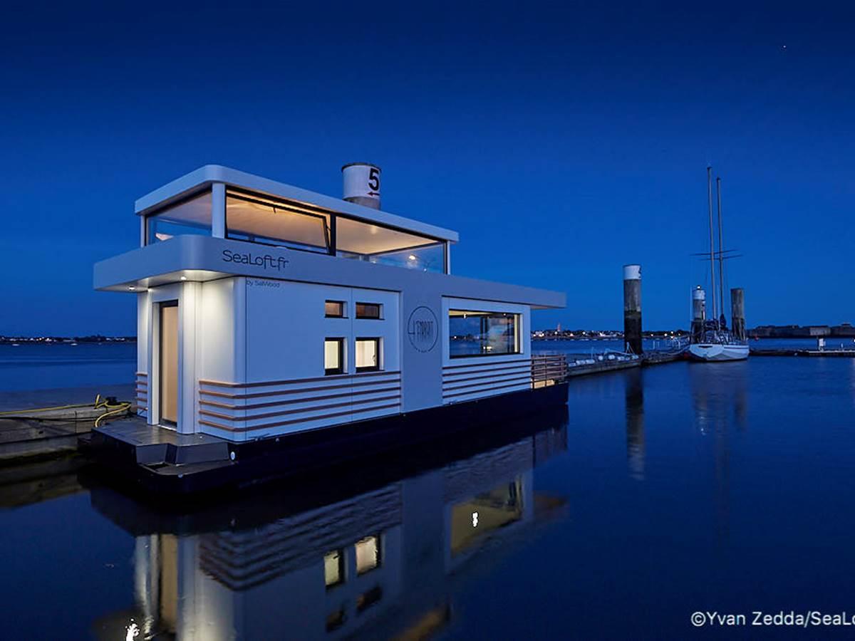 coin bureau - Lodge boat Lorient