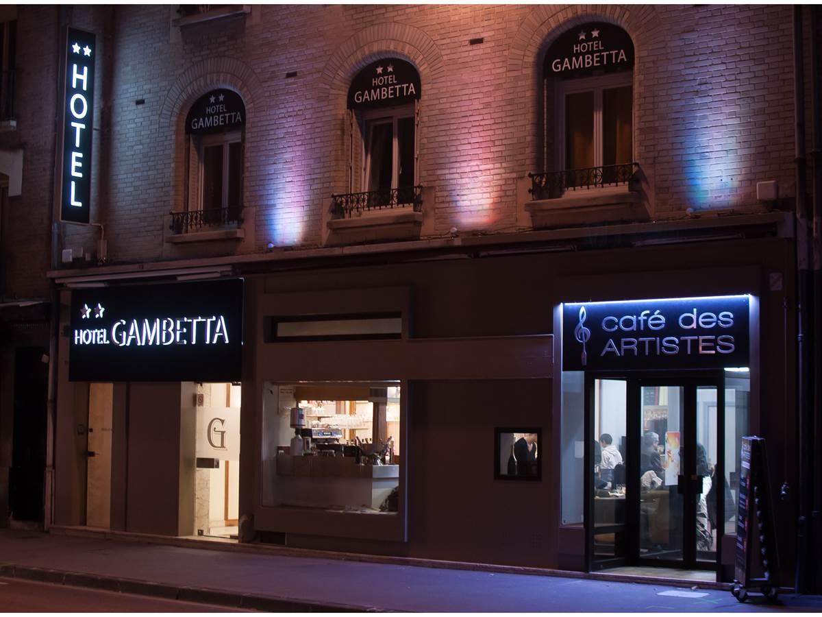 Bienvenue à l'Hotel Gambetta-Café des Artistes !!