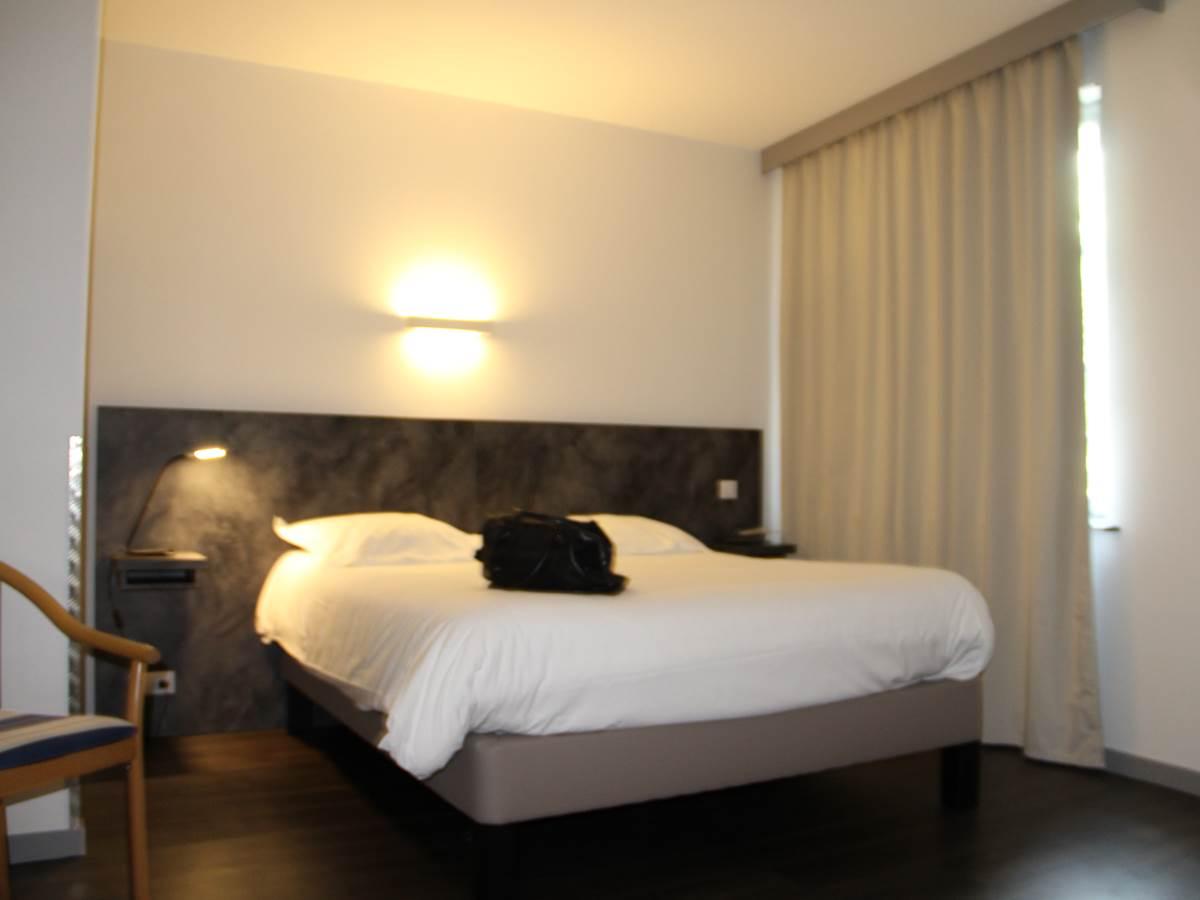 hotel-le-tout-va-bien-valence-d-agen chambre double chambre 15
