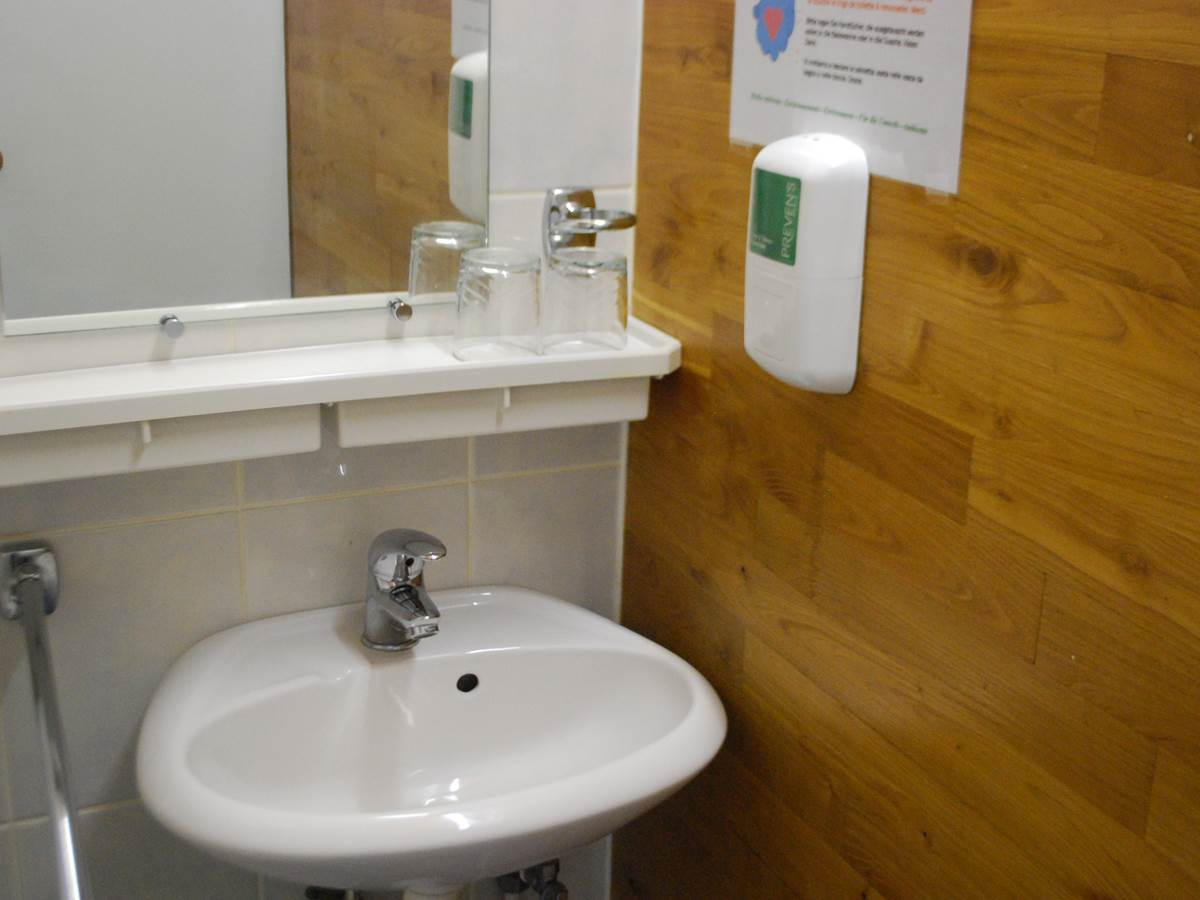 Lavabo chambre Cabanon savon Ecolabel