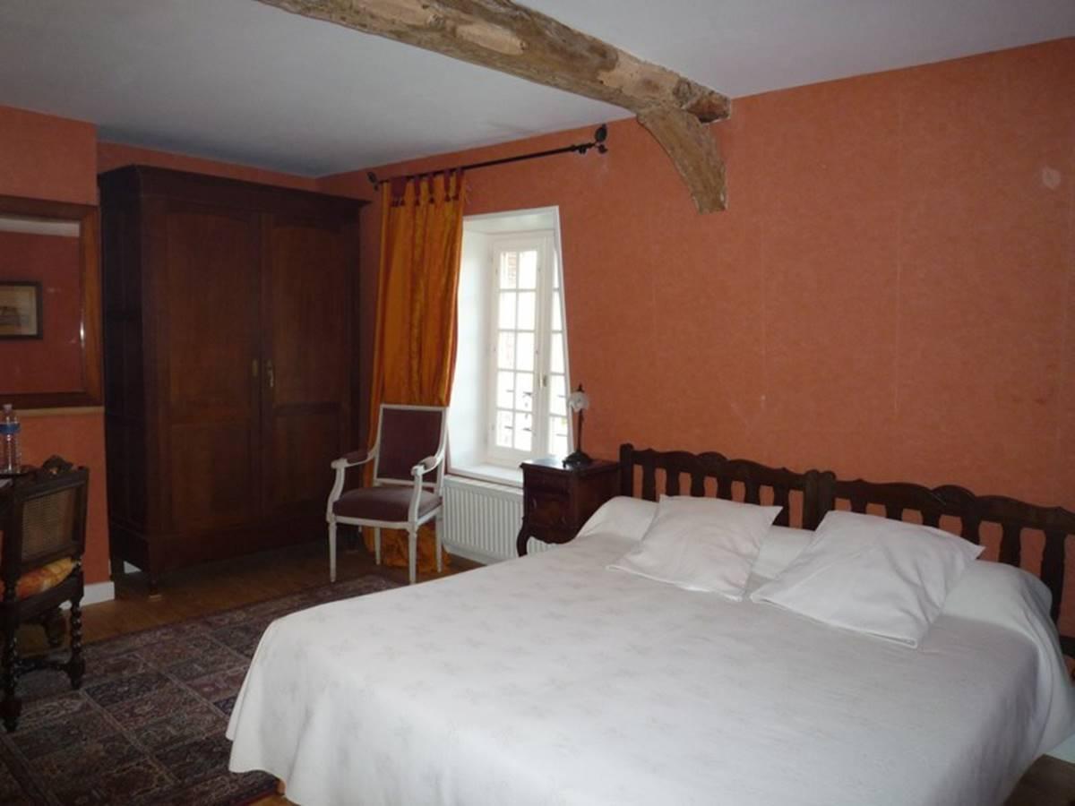 Château de Behen chambre Grenat