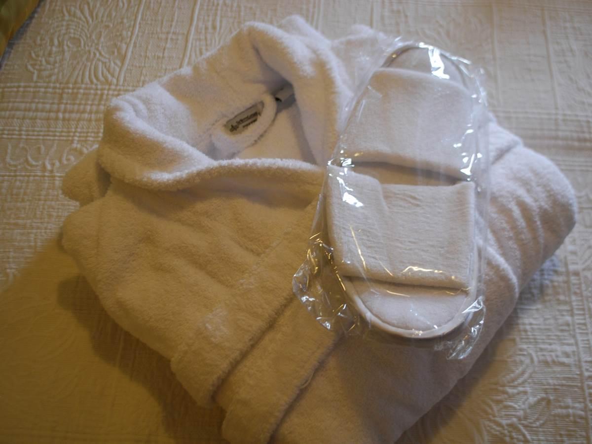 pt-peignoir et chaussons