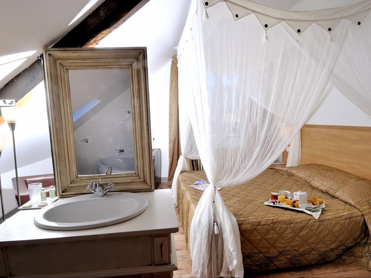 hotel-le-relais-de-vellinus-chambres-superieure-074652