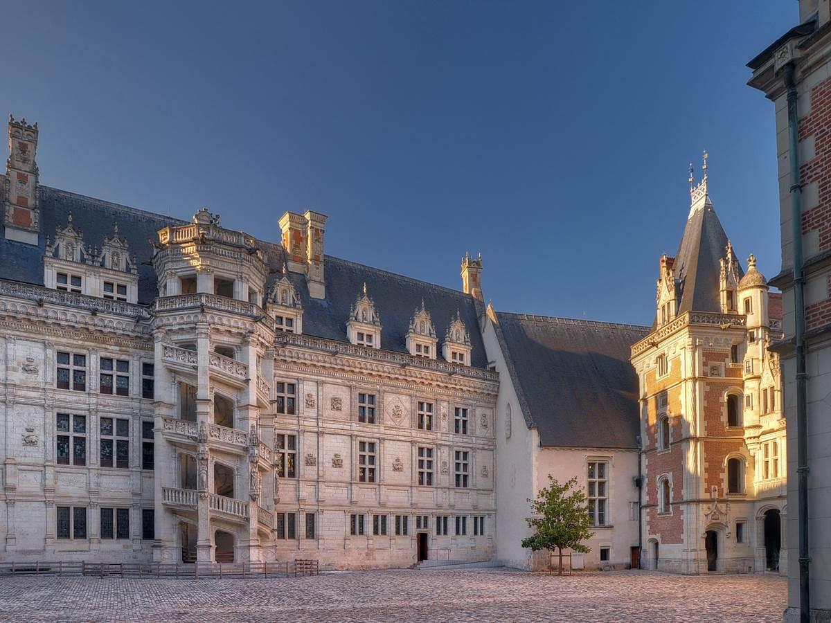 DSC_8486 Blois cr+®dit Leonard de Serres