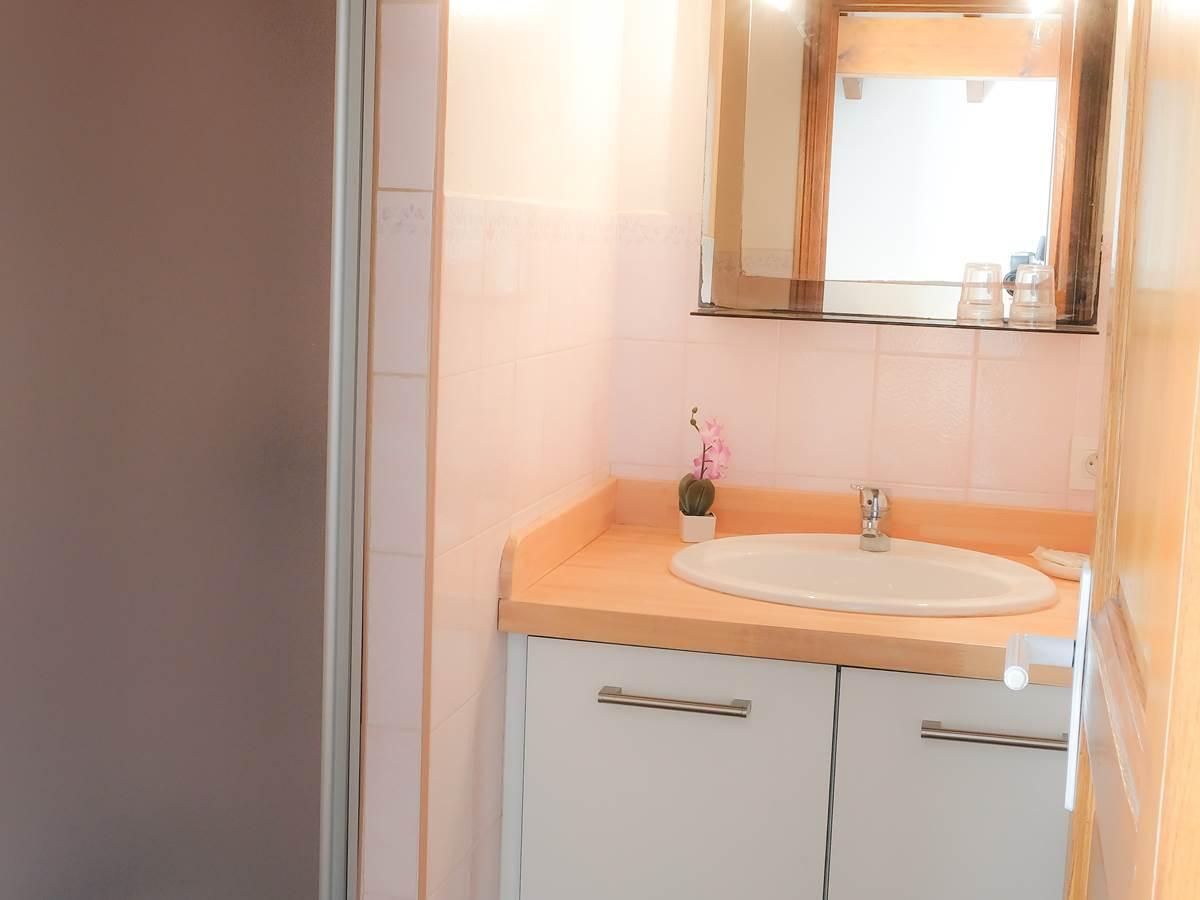 salle de bains chambre double standard avec balcon