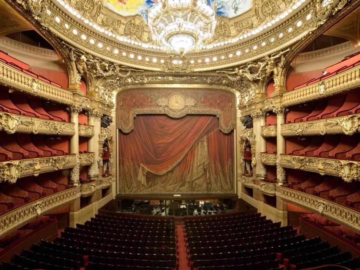 Where is seated the Phantom of the Opera