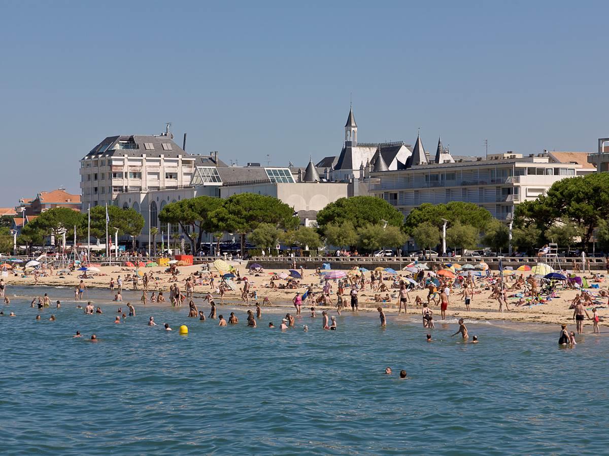 La baie d'Arcachon et ses plages prisées pendant l'été