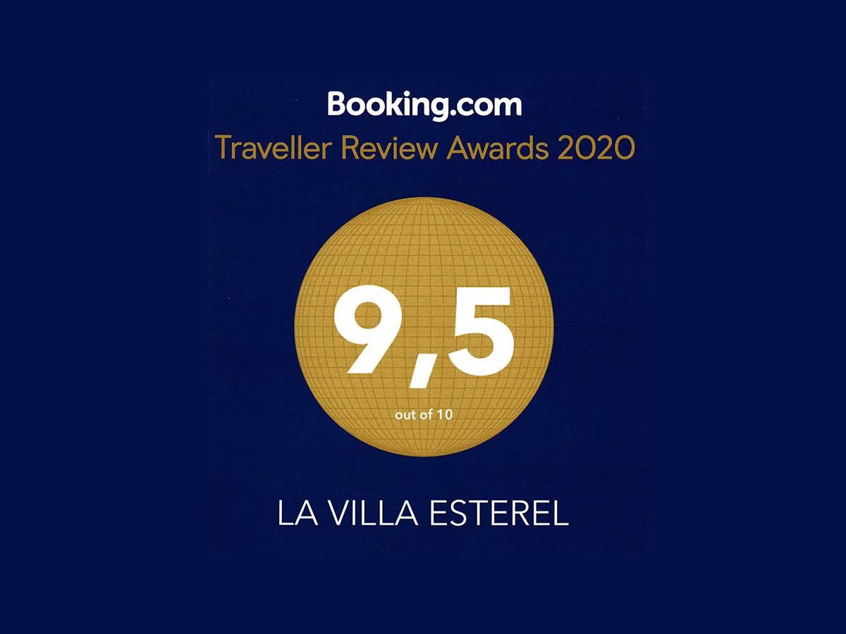 Note_booking_2020_lavillaesterel_spa_chambre luxe_2