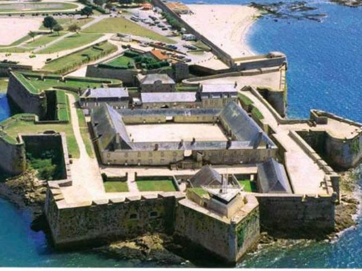 Musée National de la Marine / Port-Louis / MORBIHAN / Les musées ...