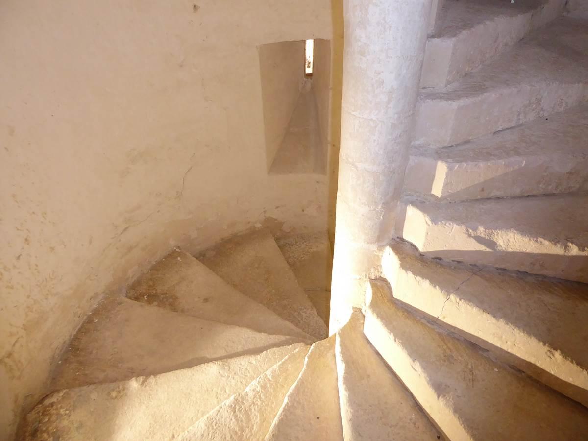 Suite Médiévale, escalier d'accès.
