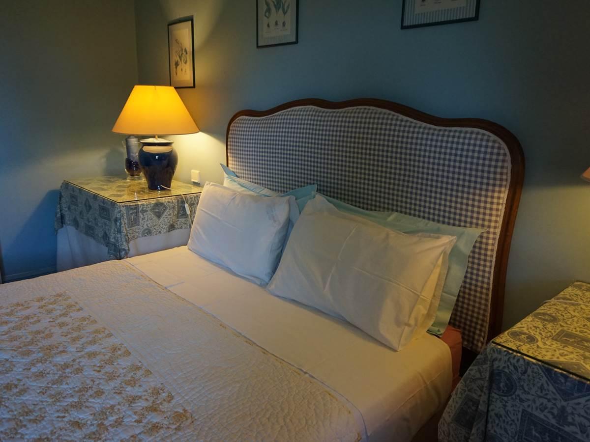 Détail lit chambre Baigura