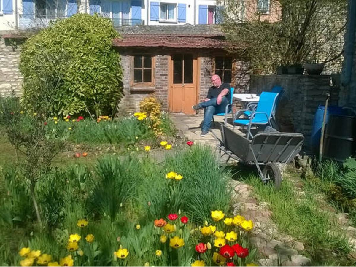 Enjoy and relax in the garden