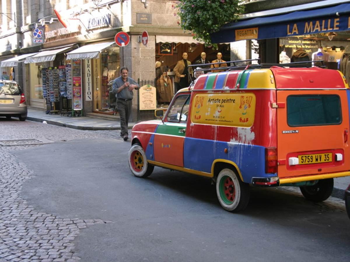 Saint-Malo---camionette-peintre---Marina-Maret.JPG-800