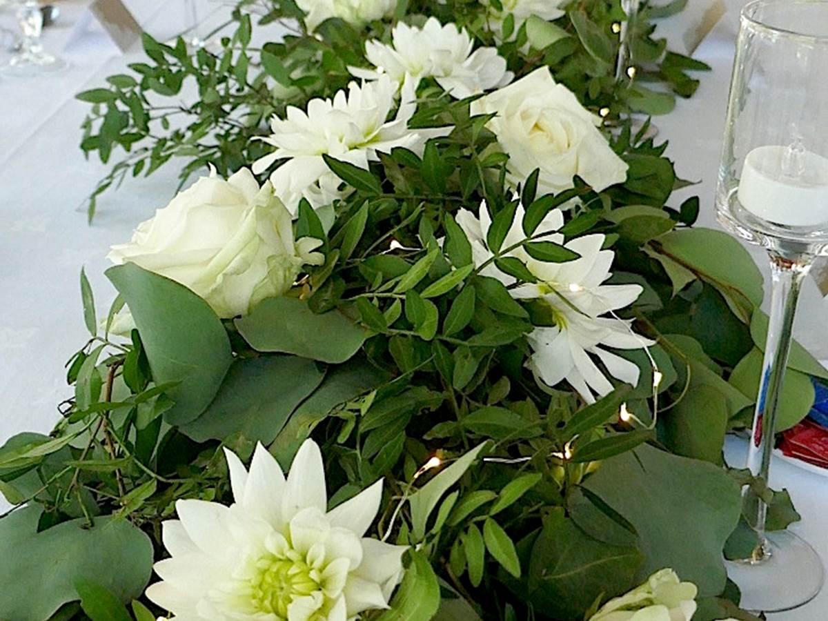 Décoration en fleurs naturelles pour un mariage