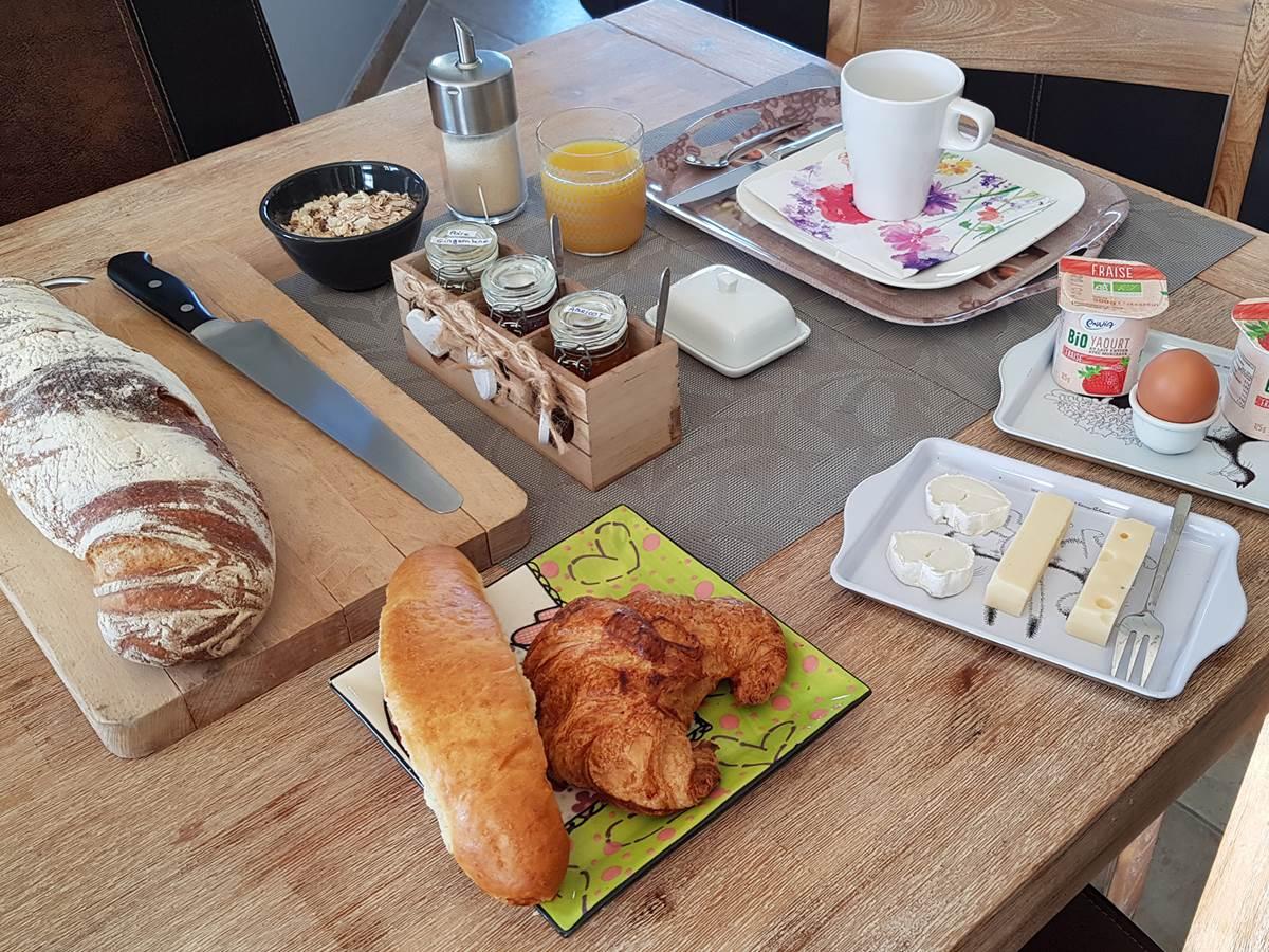 Petit déjeuner la villa esterel airport basel 001