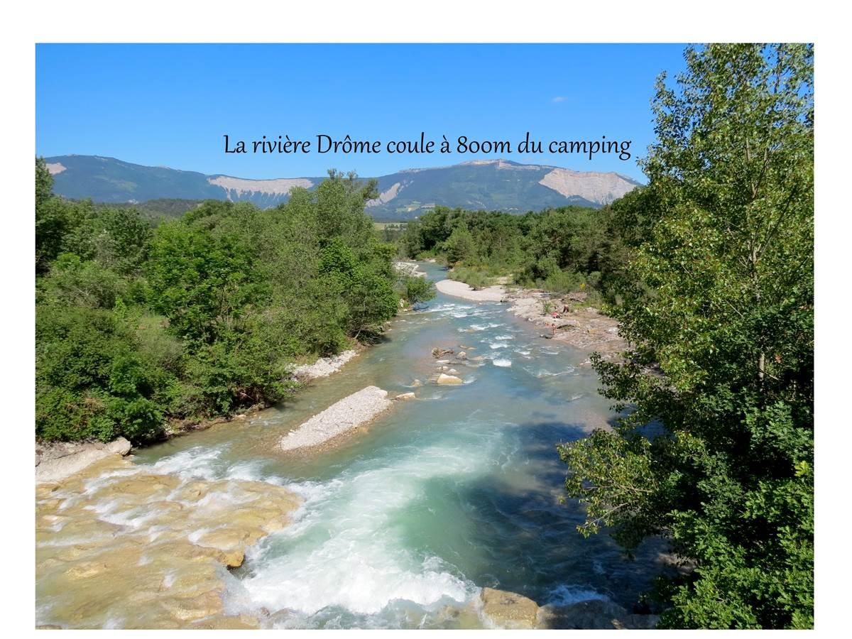 La rivière Drôme s'écoule à 800m du camping les ecureuils Recoubeau Jansac