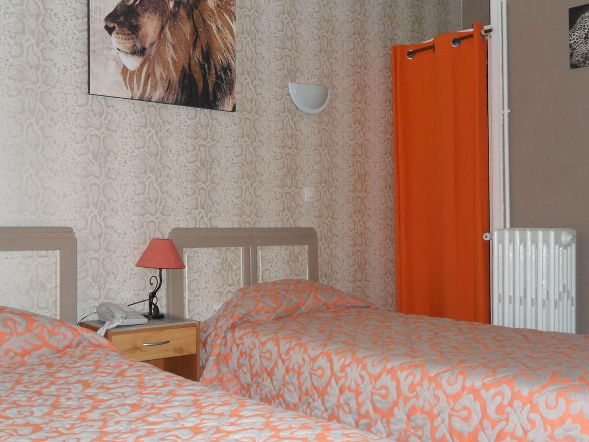 Chambre 2 lits hôtel Jean Bart