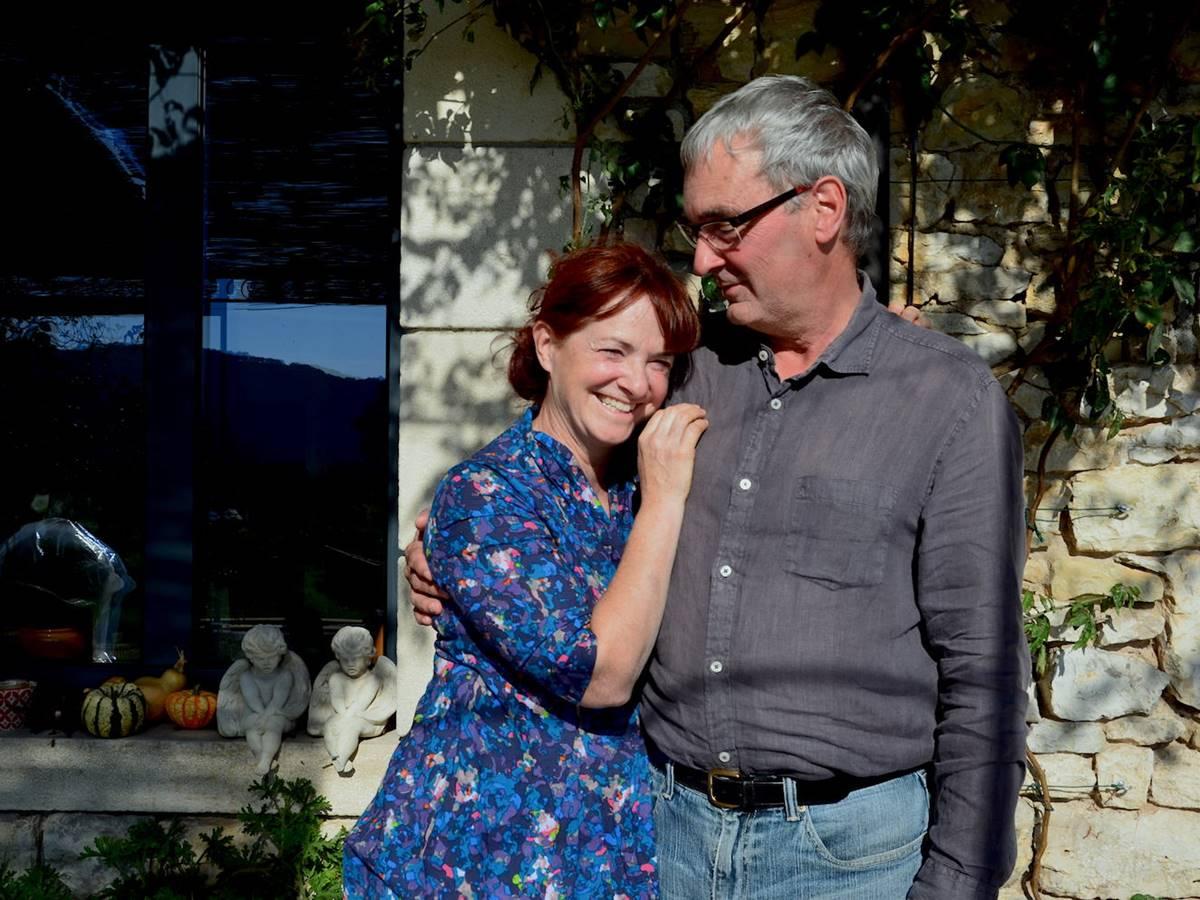 catherine et ray partagent leur maison á la campagne dans la vallée de la Dordogne lotoise