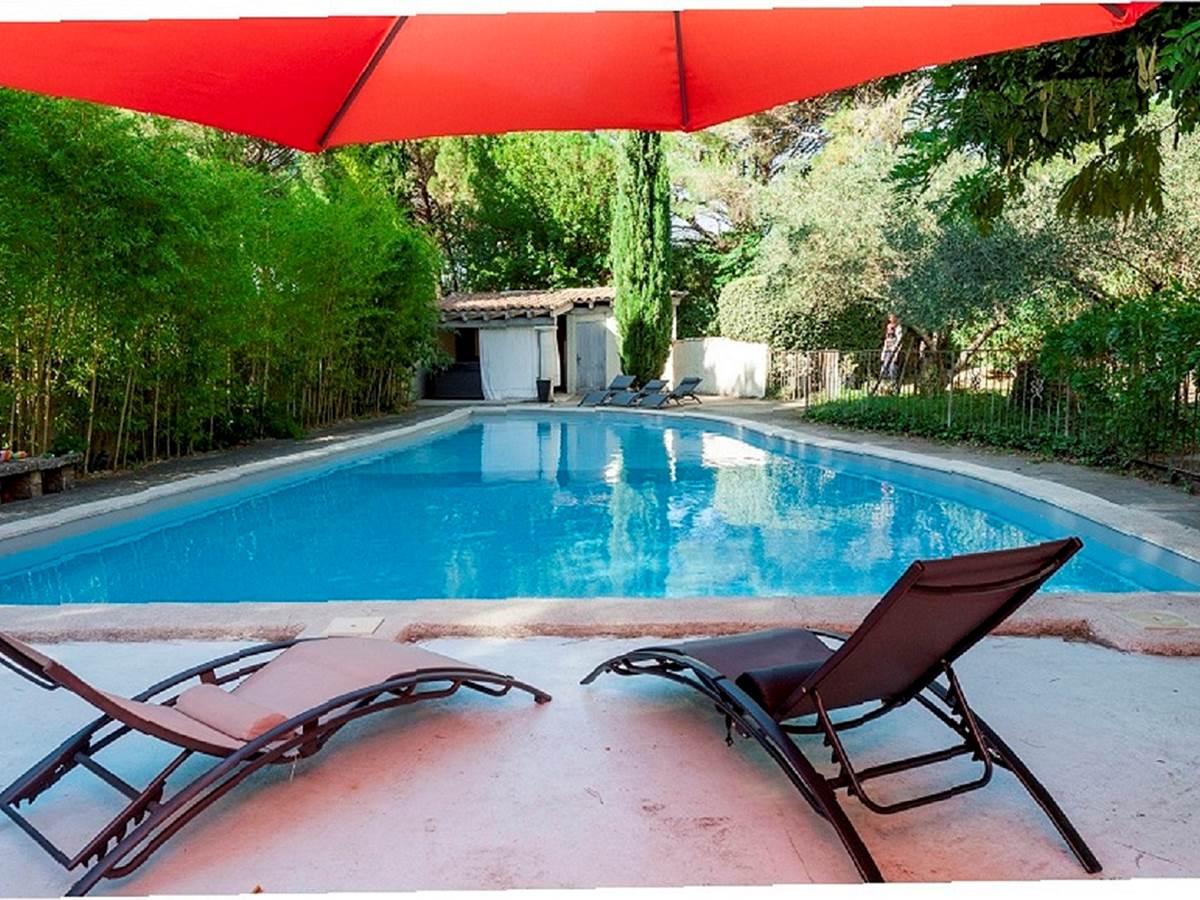 128 La grande piscine