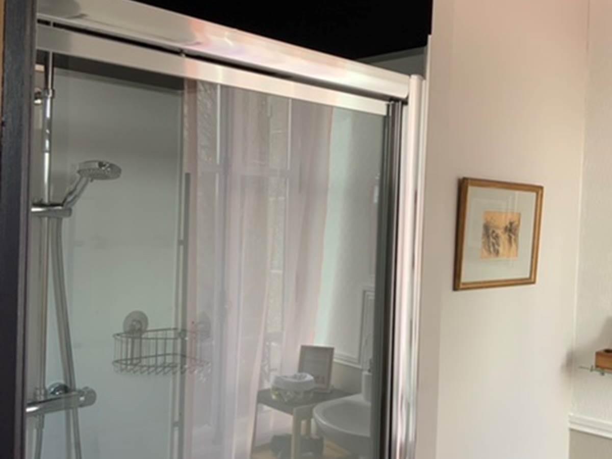 Douche chambre Hirondelles