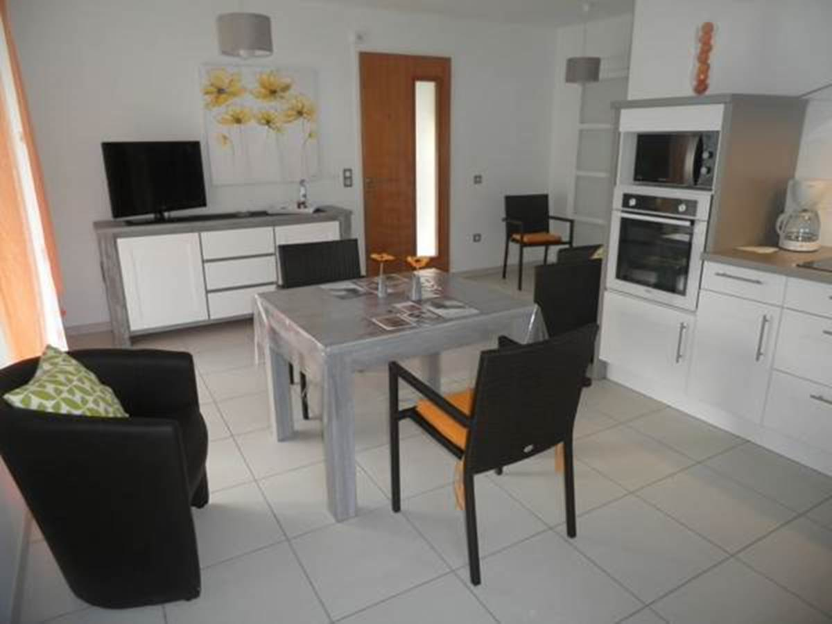 Appartement-Mandarine-Cote-Salon