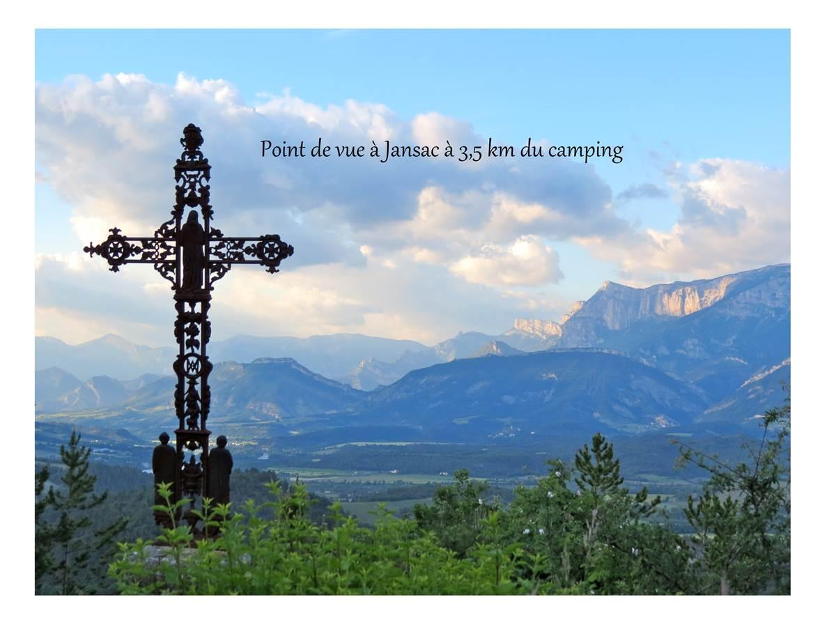 Point de vue à Jansac à 3.5 km du camping