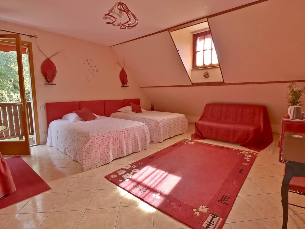 Chambre triple Confort Le Pas de l' Âne Saint Ondras