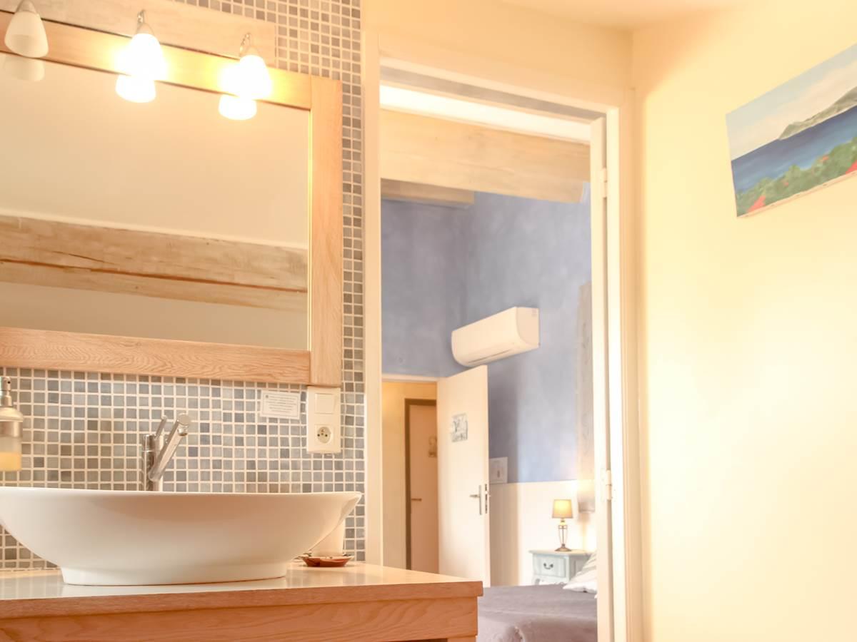 Chambres d'hôtes et gîtes en Camargue, chambre Vent du large, avec baignoire