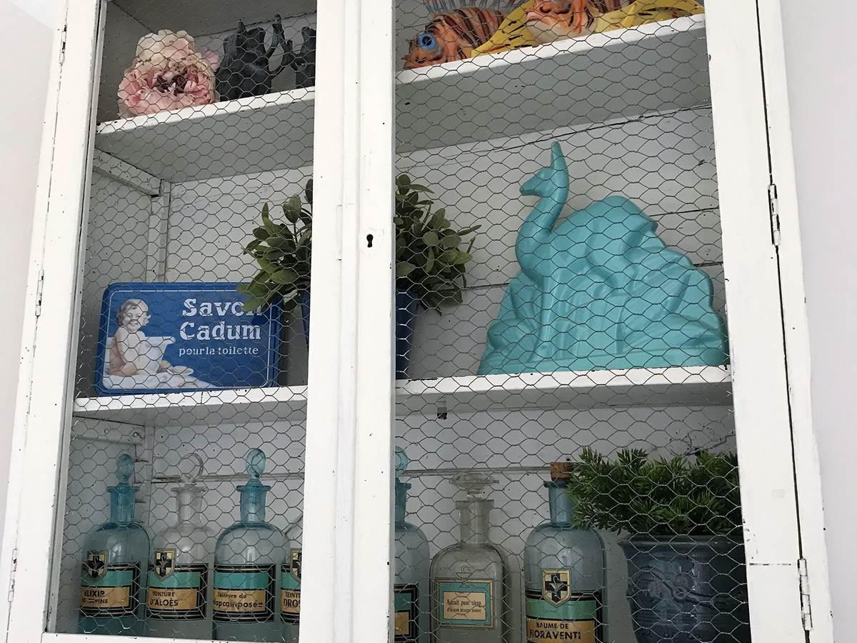 Petit Cabinet de Curiosités  Chambre Mont Serein