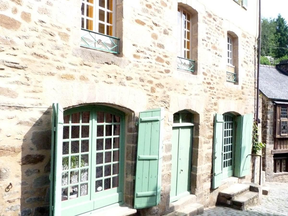 façade sur rue