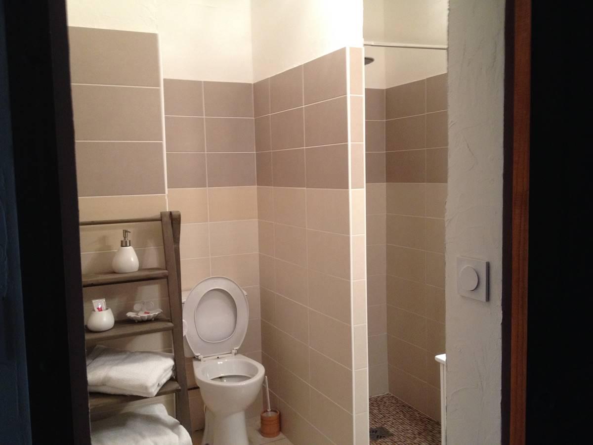 IMG_0455 salle de bain appart