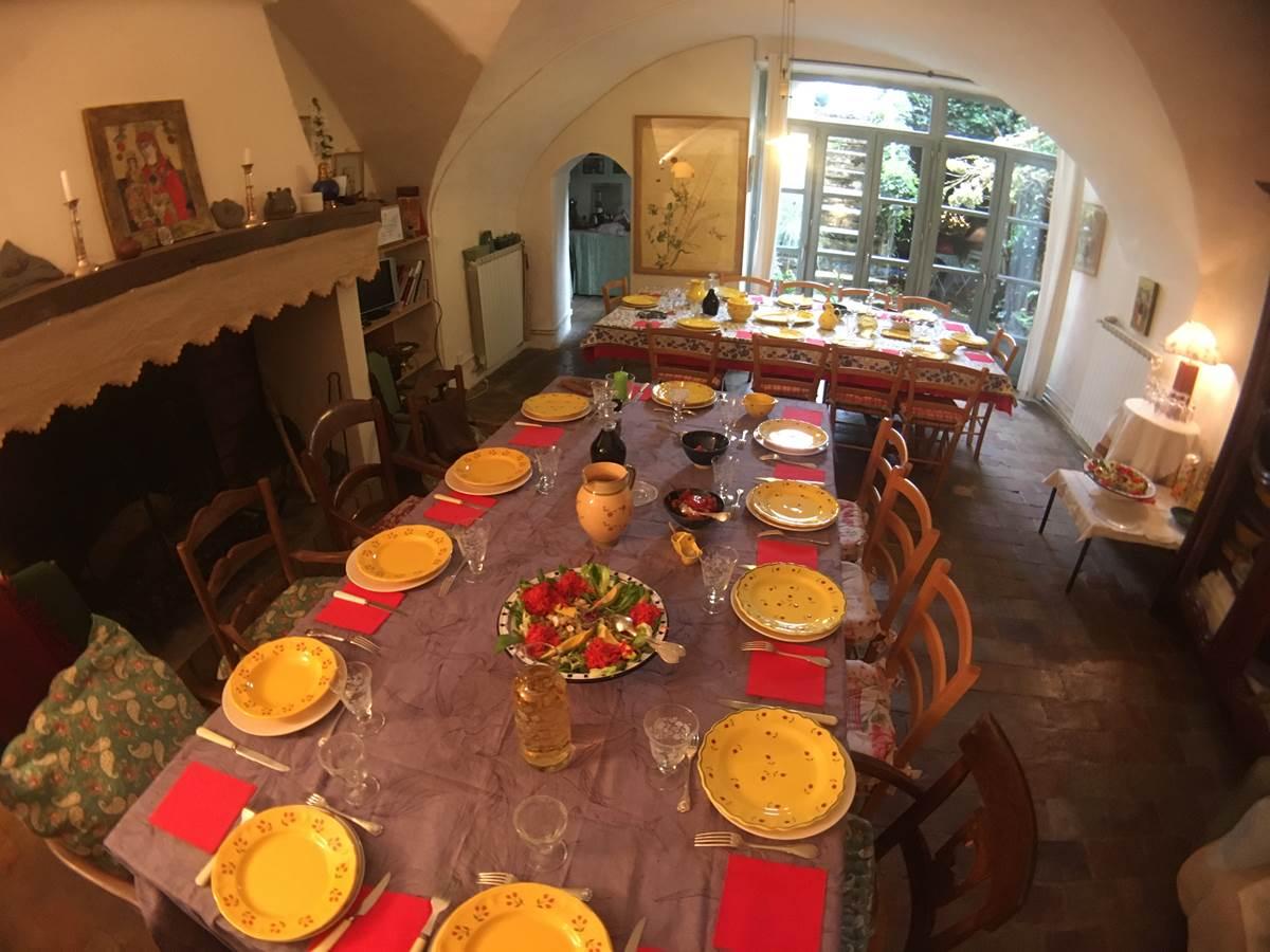 déjeuner de fête pour 20 personnes