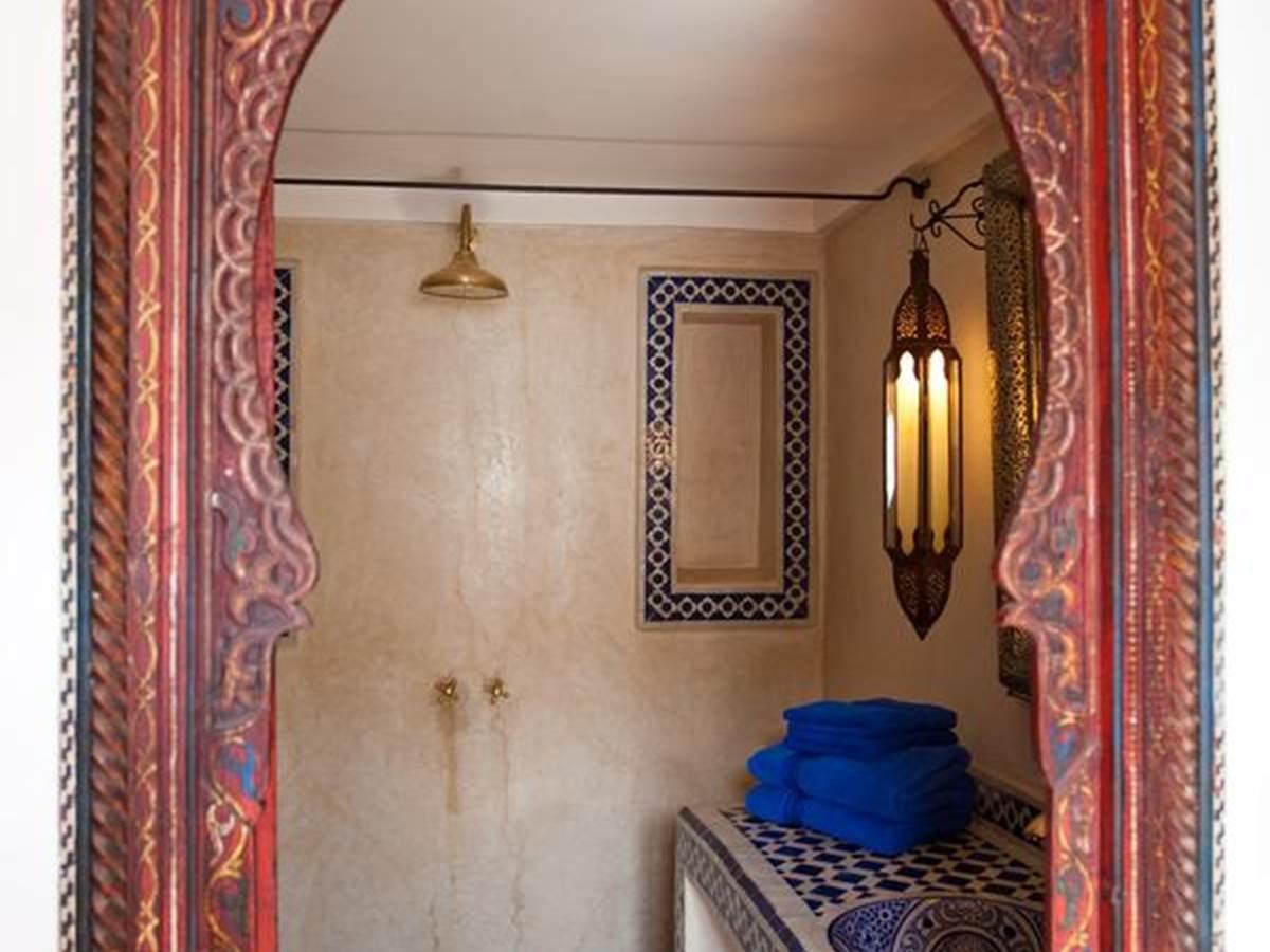 riad-zineb_salle de bain bleue