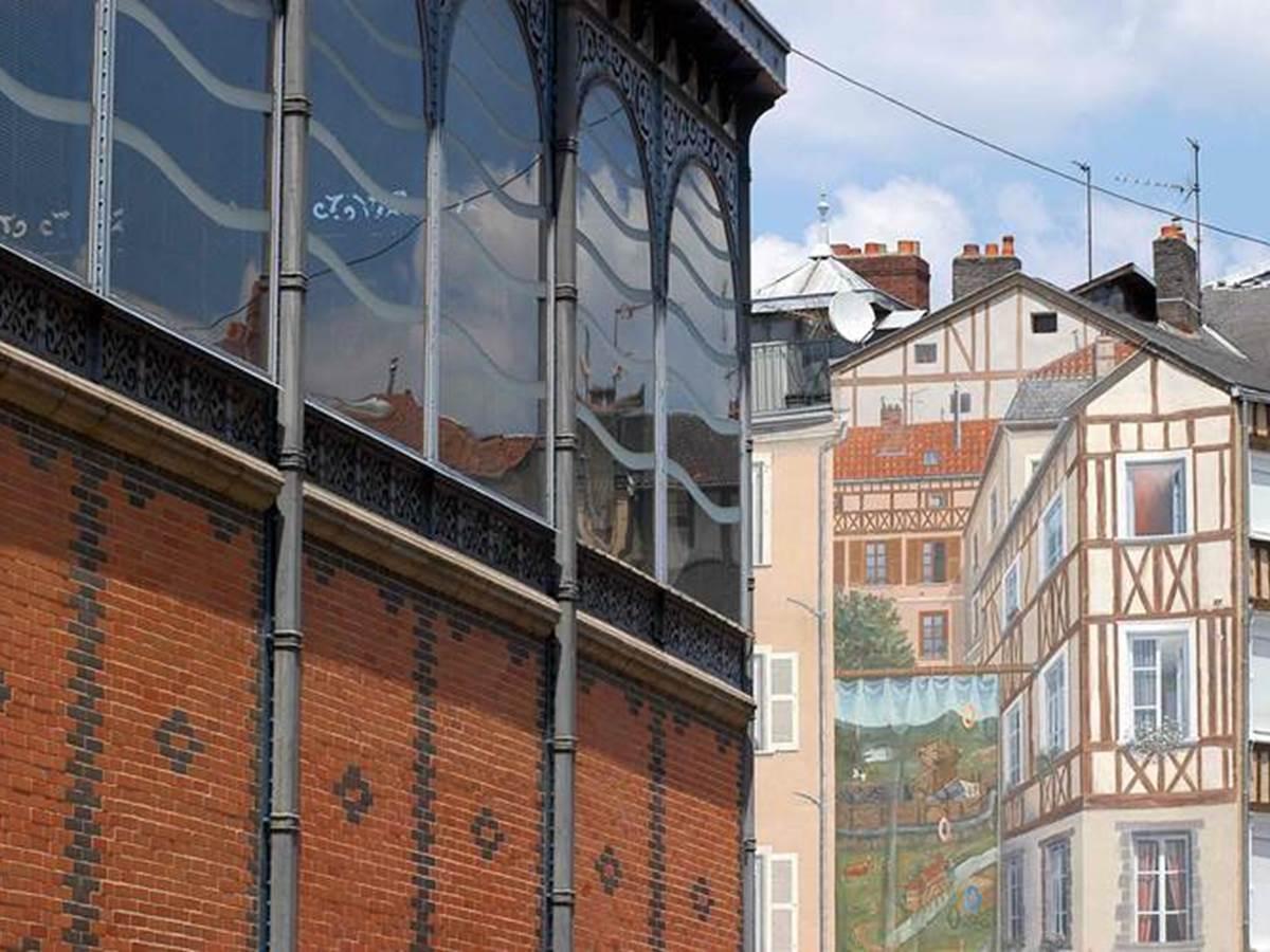 circuit en petit train, le quartiers des halles de Limoges.