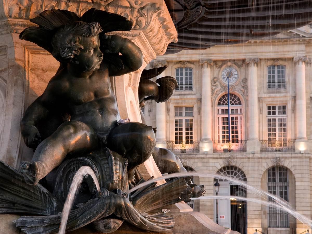 Fontaine des Trois Grâces place de la Bourse